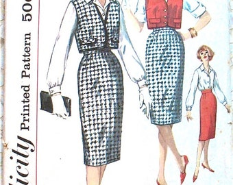 Simplicity 3122  late 1950s  Junior and Misses' Blouse, Skirt and Jacket  Sewing Pattern Bust 31.5