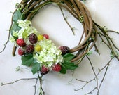 Boho Decor, White Hydrangea Wreath, Rustic Indoor Wreath, Shabby Cottage Decor, French Cottage, Garden Gift, Berry Wreath, Vine Wreath