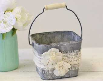 Flower Girl Basket Galvanized Tin Burlap Lace Paper Roses (Item Number MHD100005)