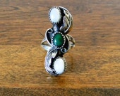 Vintage Native American Malachite and Mother of Pearl Ring - Size 6