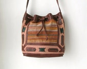 90s Southwestern Crossbody Drawstring Bag Hobo Purse Bucket Bag 1990s Grunge Boho Western Ethnic Mexican Carpet Bag Tapestery Leather Pouch