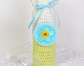 Wine Gift Bag Cozy Bottle Sack Aqua Flower Daffodil Yellow Cream Ivory Satin Ribbon Retro Applique Hostess Gift Champagne Sleeve