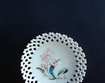 Vintage Westmoreland Lattice Milkglass Bowl - Milk glass Fruit Bowl