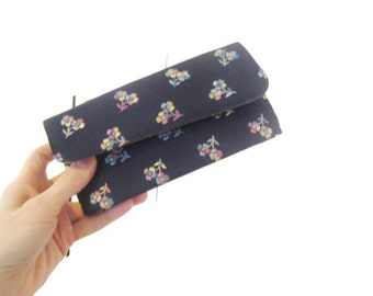 vintage Compact wallet, 1960s  Zell Fifth Ave wallet, cosmetics, satin lining