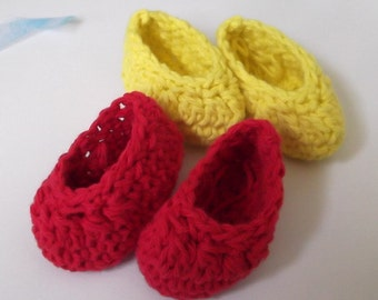 Baby Slipper....Newborn & 0 to 3 Month...Baby Boy or Girl... 6 color choices...Perfect Gift.....Red..Aqua..Yellow  Bright Sunflower - PURPLE
