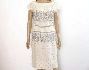 1950s Vintage Linen Dress Cream Gray Embroidered Irish Linen Dress / Small