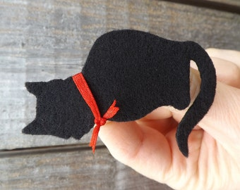Black Cat Brooch, Fluffy Cat, Black Cat, Cat Jewellery, Felt Cat, Cat Brooch, Cat Pin, Kitten Brooch, Black Cat Badge, Cat Badge, Black cat