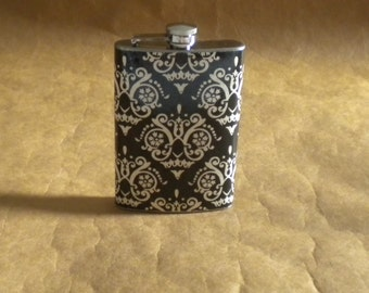 Victorian Looking Black and Cream Damask Print 8 Ounce Girly Gift Flask KR2D 6879
