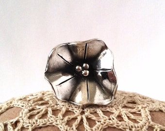 Morning Glory Ring, size 7, Sculpted Fine Silver Art Piece