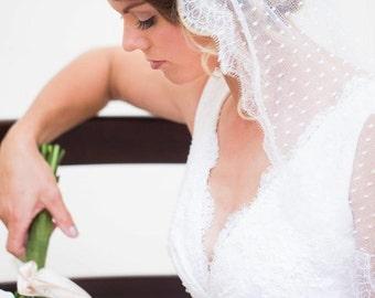 Wedding Veil, Bridal Veil, Mantilla Veil, Dotted Wedding Veil, Lace Veil, Ivory Veil, Fingertip Veil