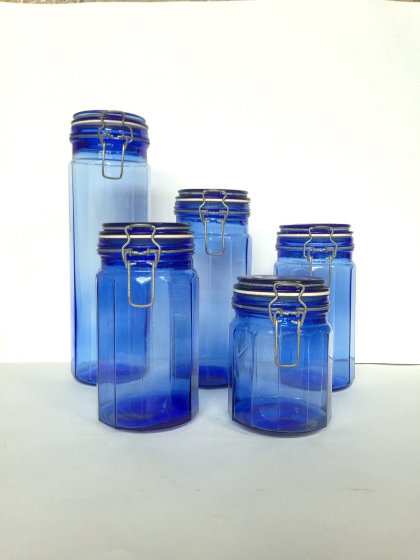 vintage cobalt blue glass canisters 5 piece set kitchen cobalt blue kitchen canisters by nostalgicglass on etsy