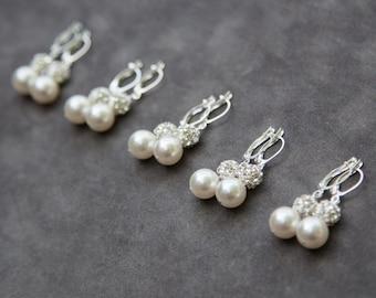 Pearl Bridesmaids Jewelry, Gift Set of 7, Dangle Earrings, Bridesmaid Gift, White Ivory Cream Rhinestone Drop Pearl Earrings