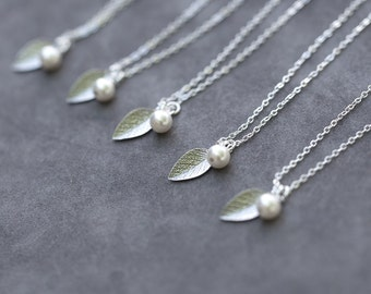 Bridesmaid Necklace Leaf, Gift Set of 7, Sterling Silver Leaves Wedding Party Jewelry, Swarovski Pearl, Charm Style Bridesmaid Necklaces