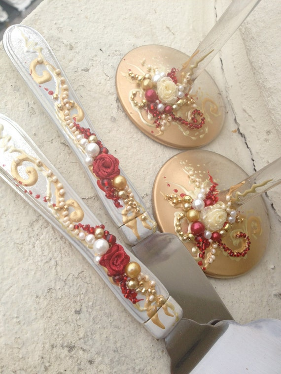 GORGEOUS Wedding Cake Server Set In Gold Ivory And Red Fully
