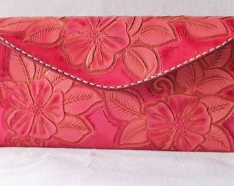 Clutch , purse , pink , designer clutch , women's pink purse , stylish leather clutch , evening purse , small pink clutch ,  pink leather