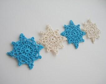 Crochet Snowflakes, Christmas Decorations, Christmas Tree Appliques, Vintage Pale White & Turquoise, Decorative Motifs, Set of 4