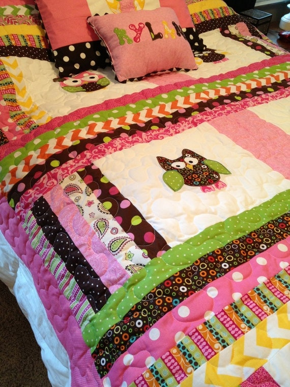Rag Quilt Patterns For Twin Bed : Items similar to Chevron twin size owl quilt with matching pillow sham and personalized pillow ...