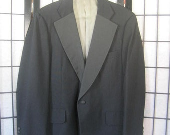 Sale Vintage 1980s Black Tuxedo Formal Jacket by Paul Stuart 44 M Faille Collar Reduced