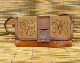 Vintage Lady's 1980's Distressed Two Tone Brown Leather Medium Size Shoulder Strap Bag