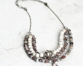 Layered Necklace with White Turquoise, Jasper and Pearls in Adjustable Length - English Jewellery