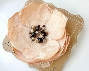 Champagne Flower Pin, Silk Fabric Flower Brooch for Women, Romantic Vintage Wedding Hair Flower, Crystal pearl Lace Nude Bridal hair Piece