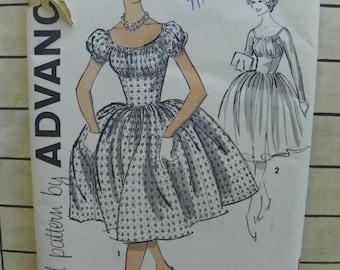 Dress of pure Delight Advance pattern Junior size 11