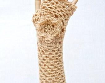 Irish Lace Crochet Fingerless Gloves Hand Warmers Merino Wool Soft Romantic Vintage Style Beige