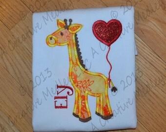 Valentines Giraffee Applique EMBROIDERY DESIGN