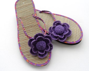 Sandal Clips - Crochet Flower Clips -  Flip Flop Clips -  Any color Made To Order