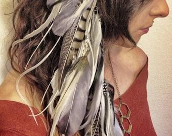 Hair Feathers / Long Feather Hair Clip / Clip In Extensions / Hair Falls / Feather Headdress / White Gray Hippie Boho / Bohemian Hair Clip