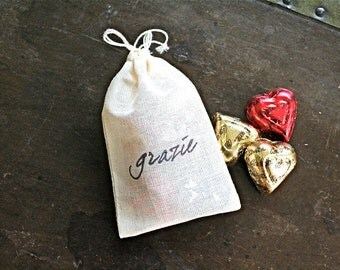 "Wedding favor bags, set of 50 drawstring cotton bags. Italian ""Grazie"" in black. Bridal shower, wedding shower, party favor bags."