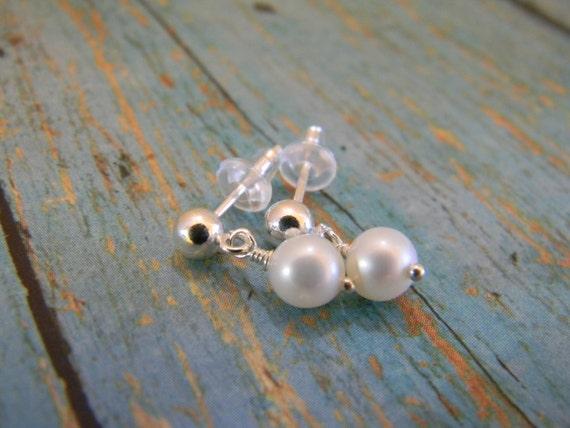 Pearl earrings, Childrens Pearl earrings, White AAA Freshwater Pearl Earrings, Sterling Silver, Flower Girl earrings, Baptism earrings