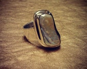 ACIONNA ring - natural freshwater baroque pearl set in stepped .925 sterling silver bezel (size 8)