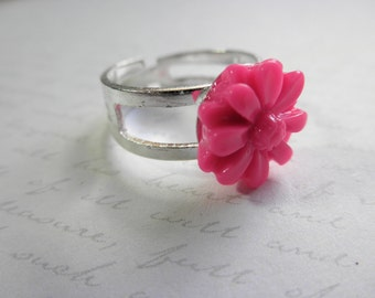 CLEARANCE 50% OFF Hot Pink Resin Daisy Cabochon Adjustable Silver Tone Ring