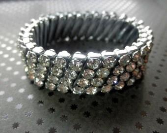 Stunning 1950's Expandable Clear Rhinestone Bracelet