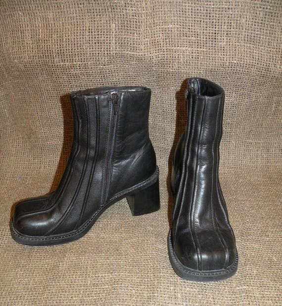 vintage black leather chunky heel boots