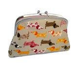 Kiss lock purse - dachshund dog wallet in beige with 2 compartments in pink polka dot, doggy animal