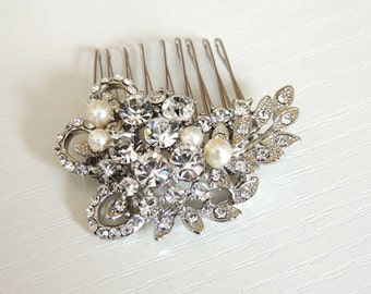 Leah - Pearl and crystal hair comb, bridal hair comb, wedding accessory, vintage hair comb, bridal jewelry, rose gold