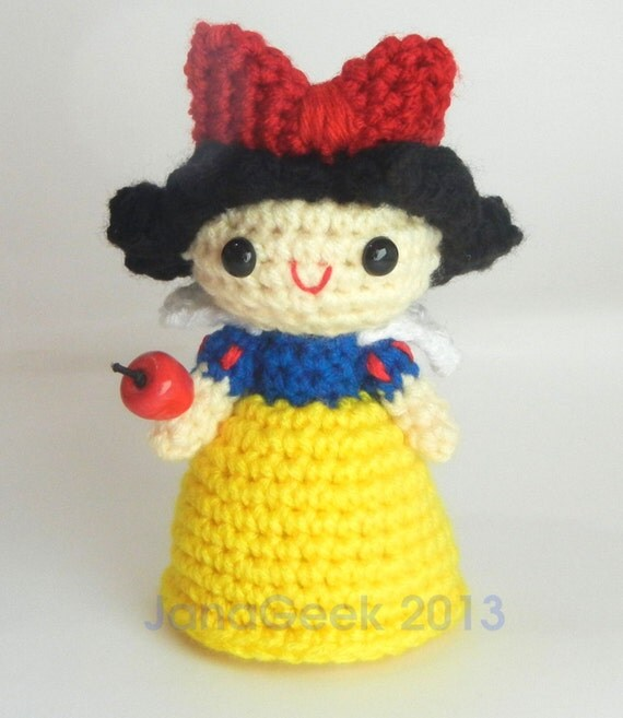 Snow White Doll Crochet Pattern