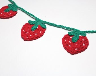 Strawberry Garland, Crochet Bunting, Summer Party Decoration, Wall Hanging Home Decor, Kitchen Food Decor