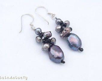 Black freshwater pearl earring with crystal on silk thread, black pearl earring, black earings