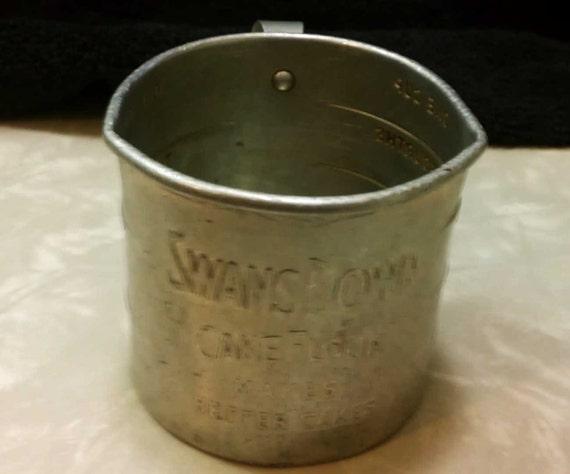 Swans Downs Cake Flour Measuring Cup Double Spouts Antique Advertising Vintage Kitchenalia