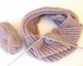 Unisex Infinity Scarf / Chunky Knit Scarf / Winter Scarf / Loop Scarf / Cowl Scarf / Knitted Scarves / Christmas Gifts / Gifts For Her/ Gift