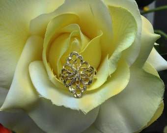 Gold Over Silver Floral Filigree Ring (st -569)
