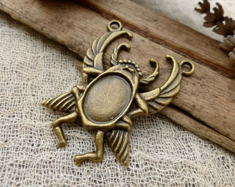1x Scarab Beetle Pendant Charms, Egyptian  Antique Brass Pendants C457