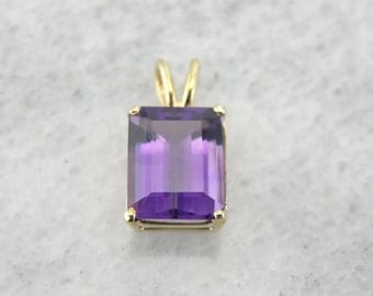 Lovely Bright Purple Amethyst Pendant in Yellow Gold,  RADTFR-D