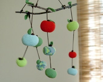 Baby mobile -Baby room decoration- Autumn Apple Mobile -Crochet Waldorf crib mobile- Red/Dark/Mint green apples for nursery