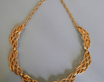 Gold tone modernist bib necklace