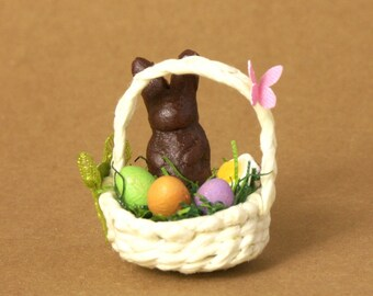 Beige Miniature Easter Basket for Your Dollhouse