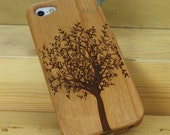 Natural Wood iPhone 5 Case - Engraved Tree iPhone Wood Case, Forrest, Sculpture, Cherry Wood, Art, Laser Engraving, Nature
